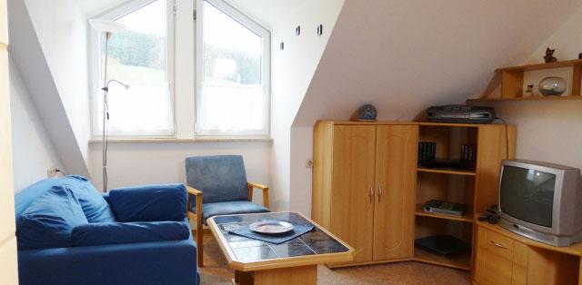 Der gemütliche Wohnraum in unserem Appartement 2 auf dem Hof Kilbe