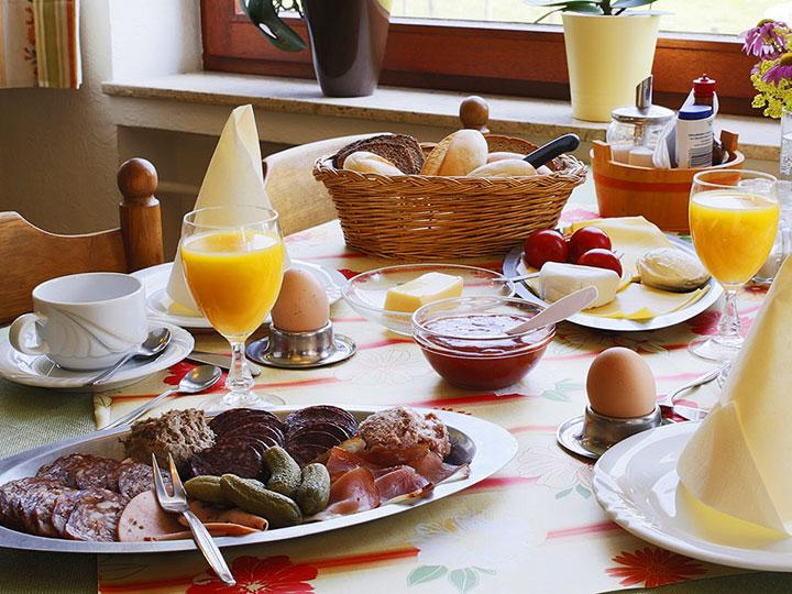 Genießen und Entspannen Sie bei einem leckeren Frühstück auf dem Hof Kilbe in Bad Berleburg